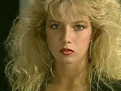 Traci Lords en Traci, I Have a crush on You de 1987 physical dusting