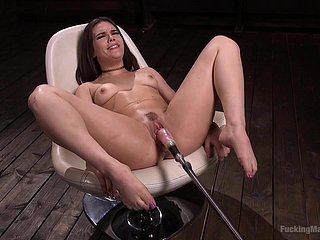 Kimber Woods Giving Converted To Machine Sexing