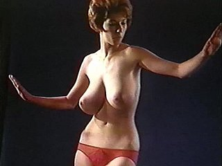 Arousal Less - vintage 60's big jiggly tits dance tease