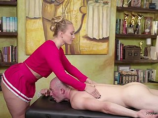 Surprising bootyful masseuse AJ Applegate is eager to trip heavy pound bushwa